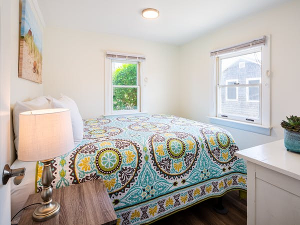 Truro Beach Cottages - Cottage #7 - bedroom