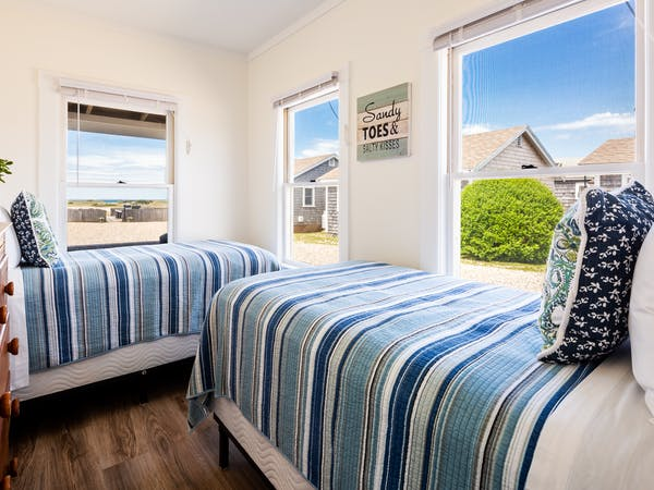 Truro Beach Cottages - Cottage #1 - bedroom