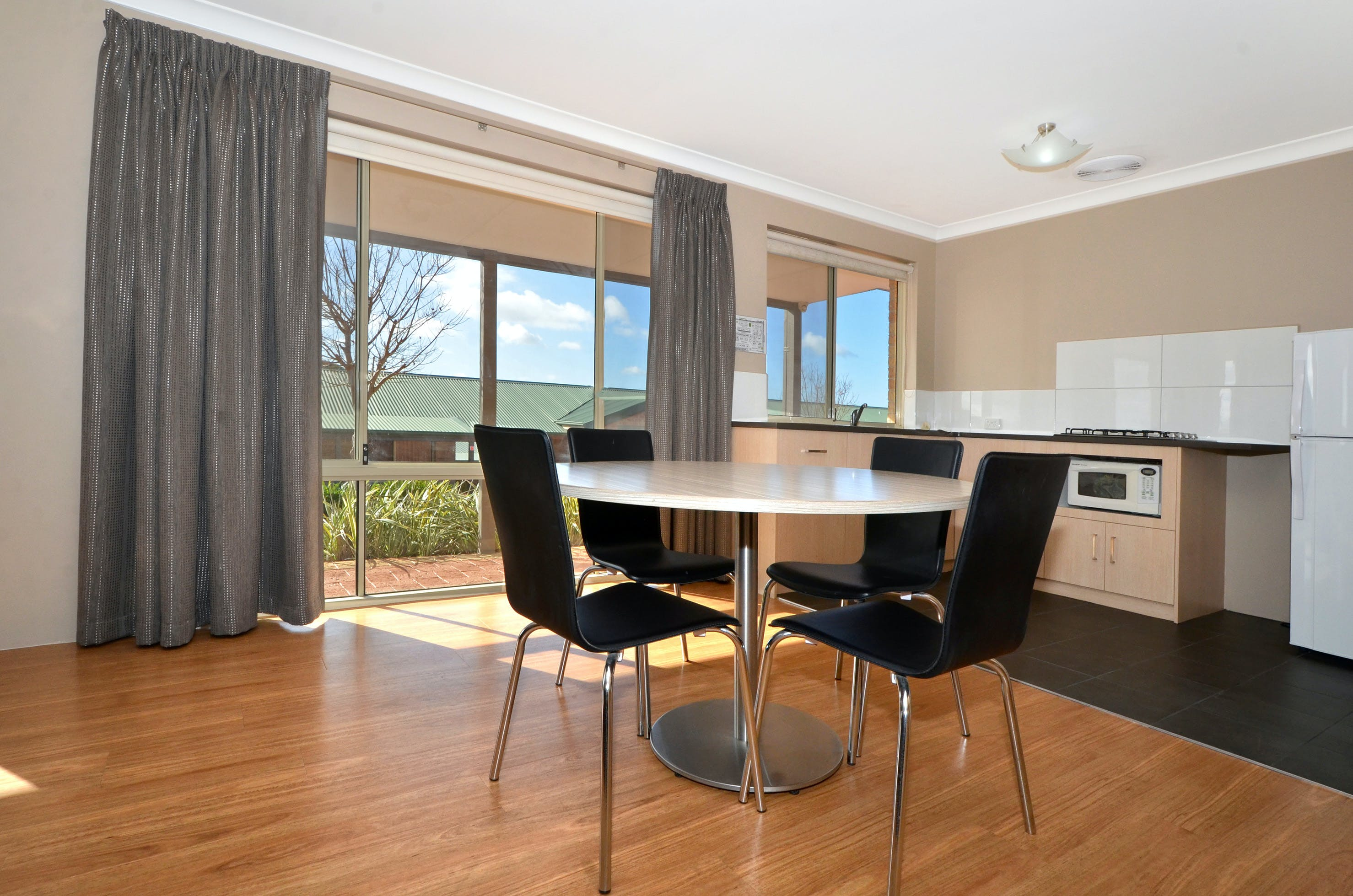 Two Bedroom Executive Family Apartment Quality
