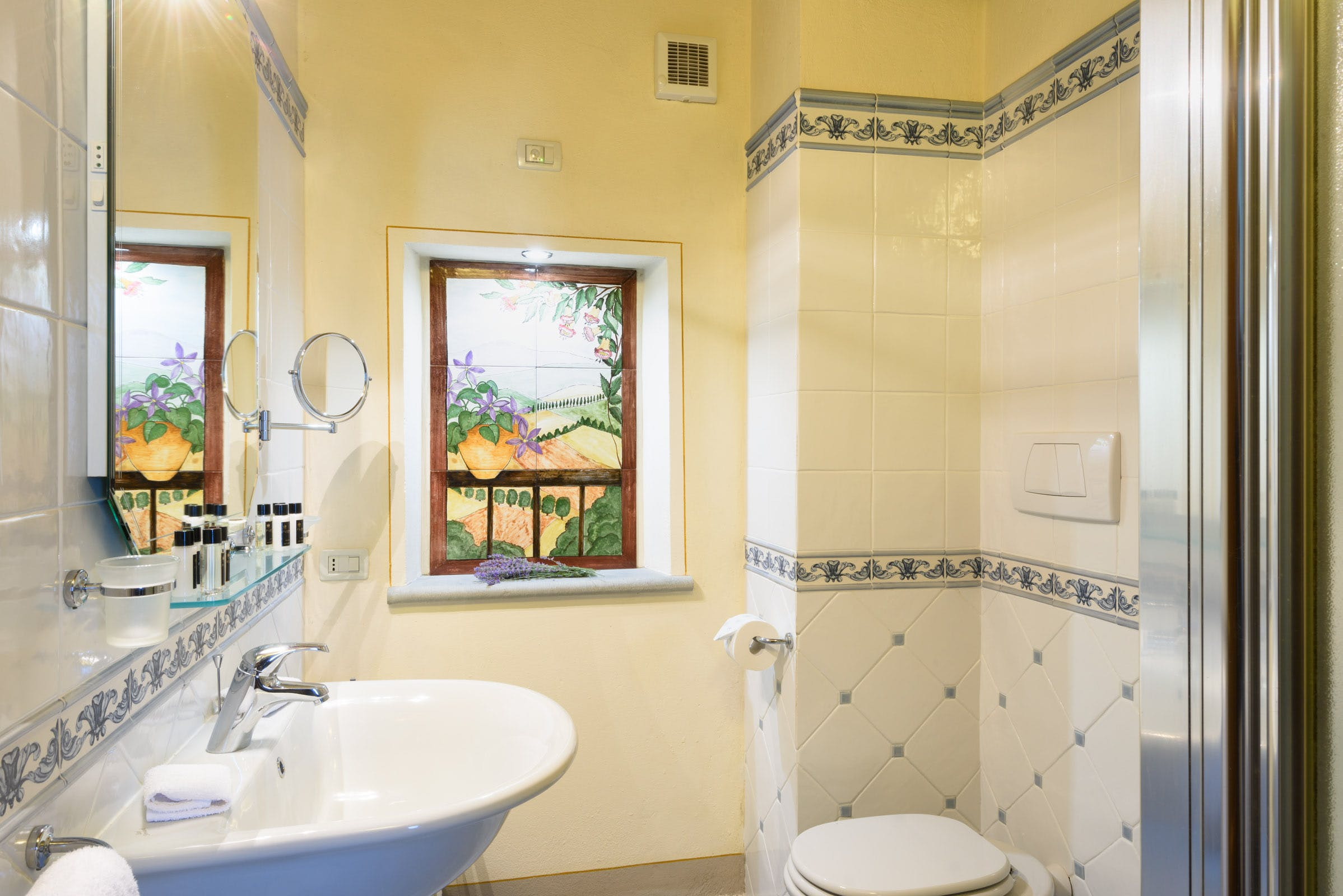 Casa Portagioia Tuscany bed and breakfast , Castelli garden room