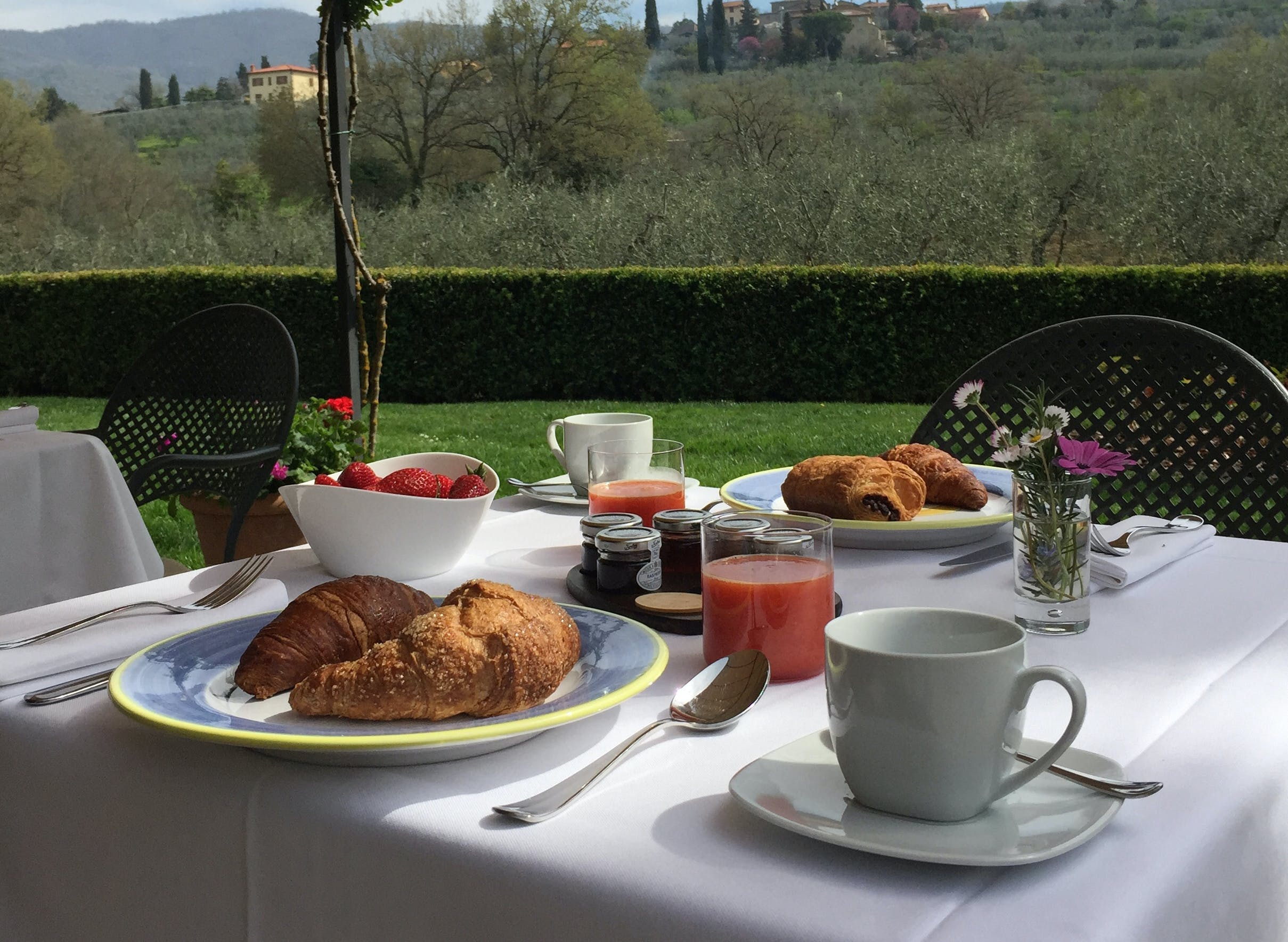 Casa Portagioia Tuscany bed and breakfast , breakfast.