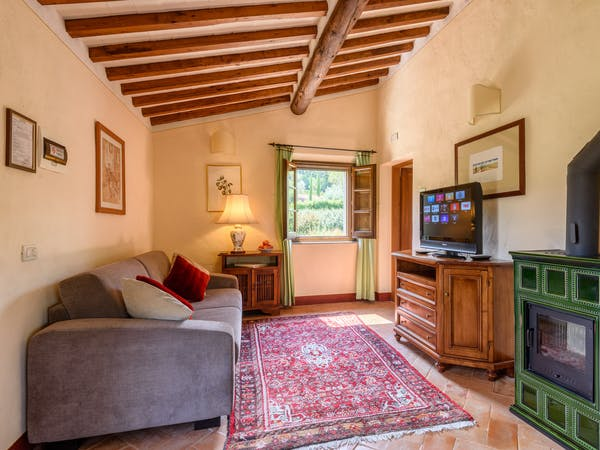 Casa Portagioia Tuscany bed and breakfast ,Funghini suite with double bedroom with sitting room