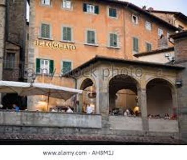 Cortona, One of the restaurants and the loggetta