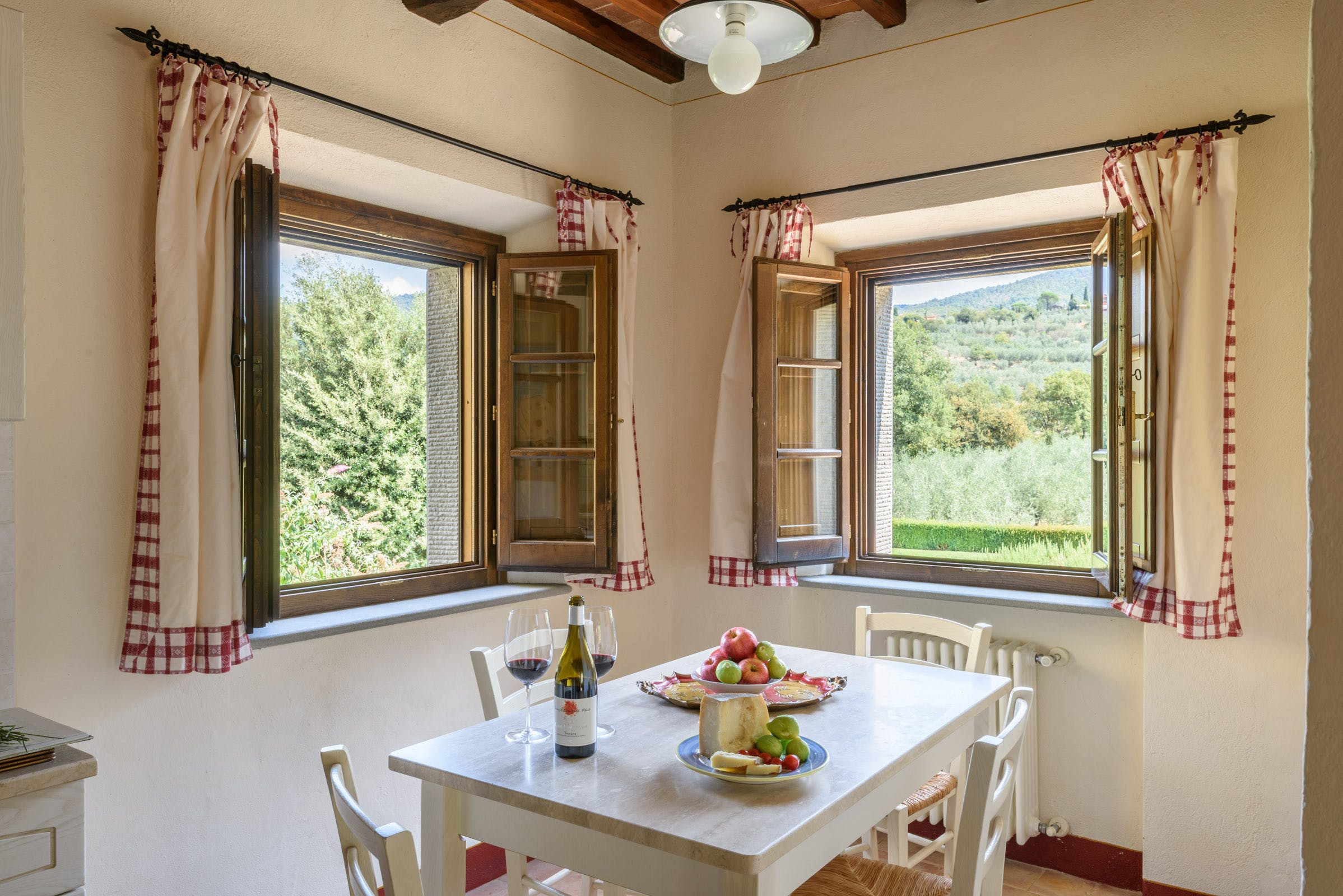 Casa Portagioia Tuscany bed and breakfast , Andreocci suite dining