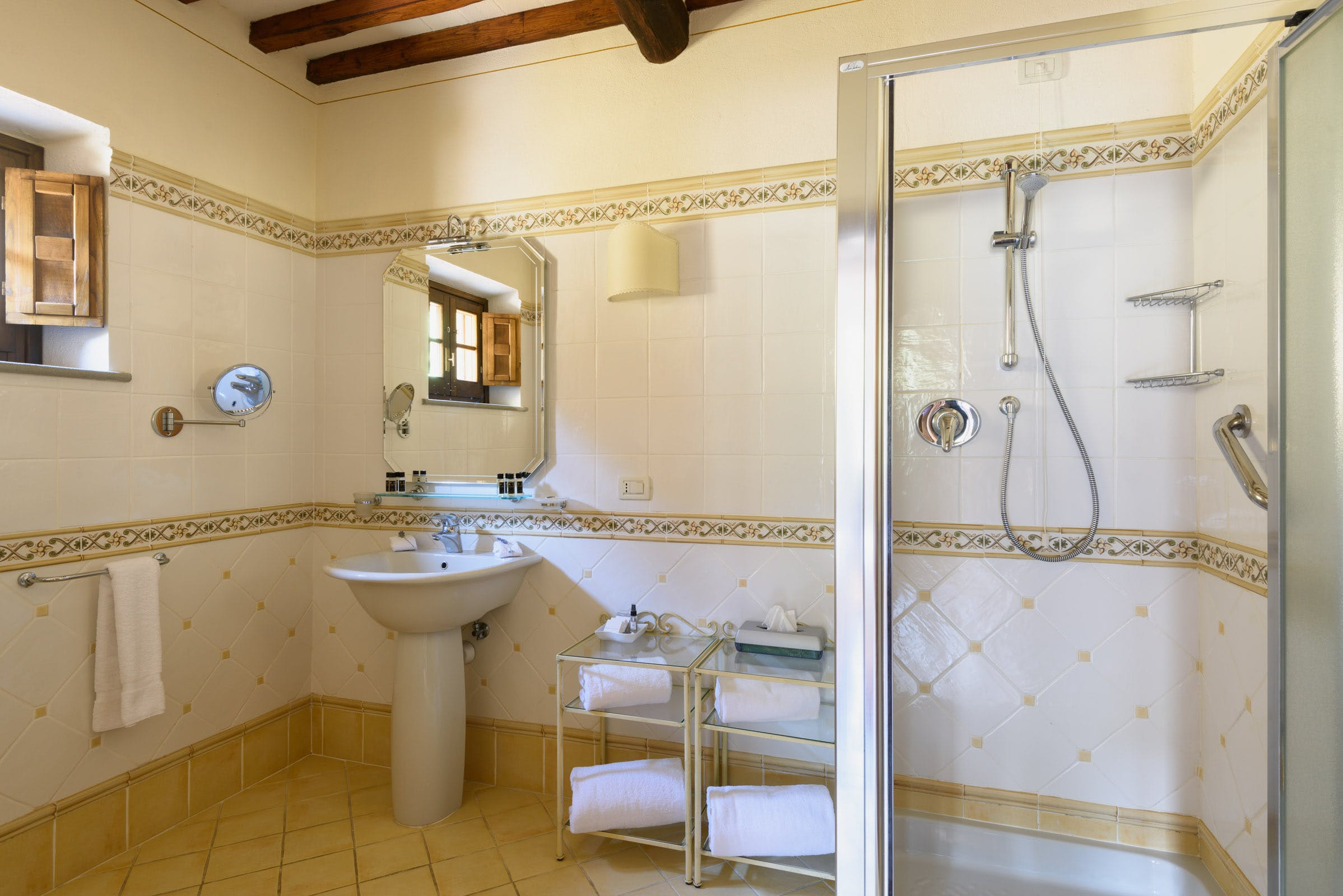 Casa Portagioia Tuscany bed and breakfast , Andreoccci bathroom