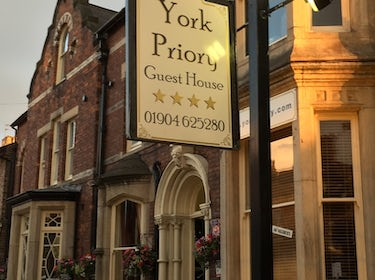 bed and breakfast, york, uk ,york,family room priory,gardens,parking,carpark, 1