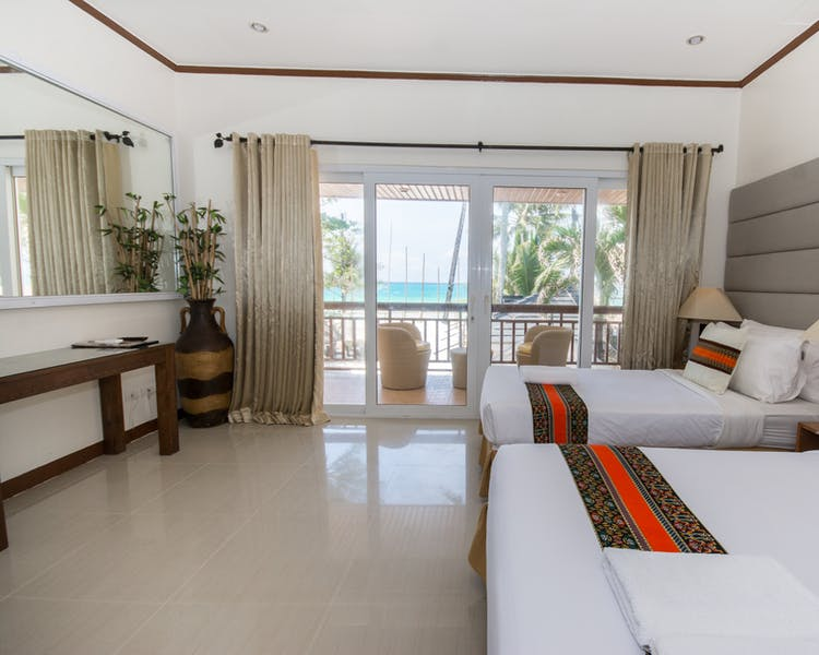 Superior Beachfront Room
