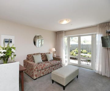 one bedroom apartment chelsea park motor lodge rooms Nelson