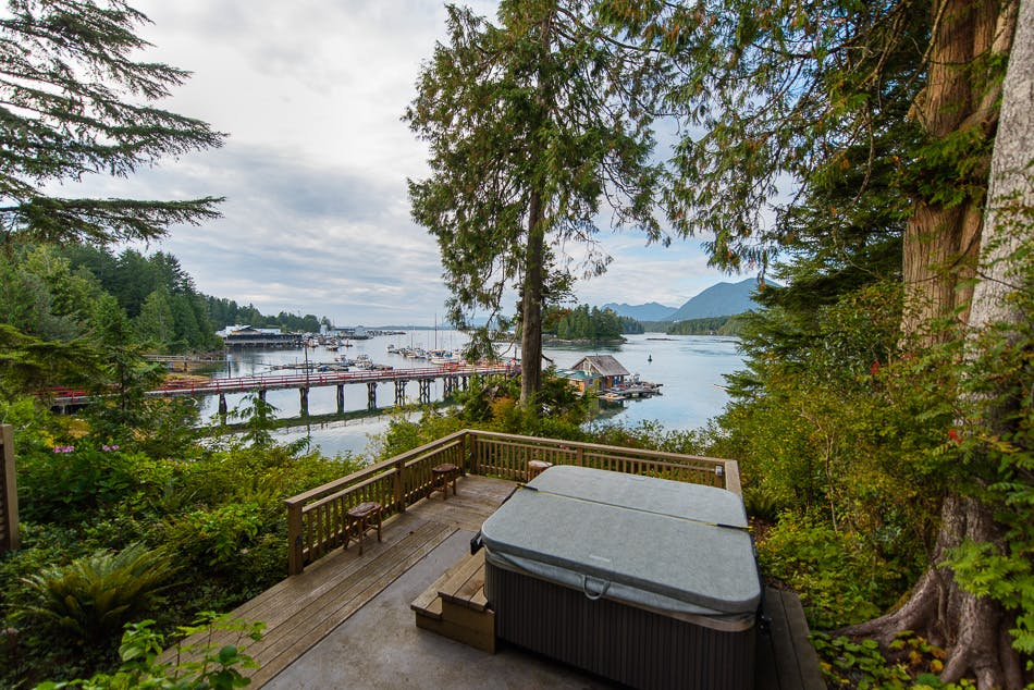 Outdoor hottub - Aframe cabin - The shoreline Tofino boutique hotel