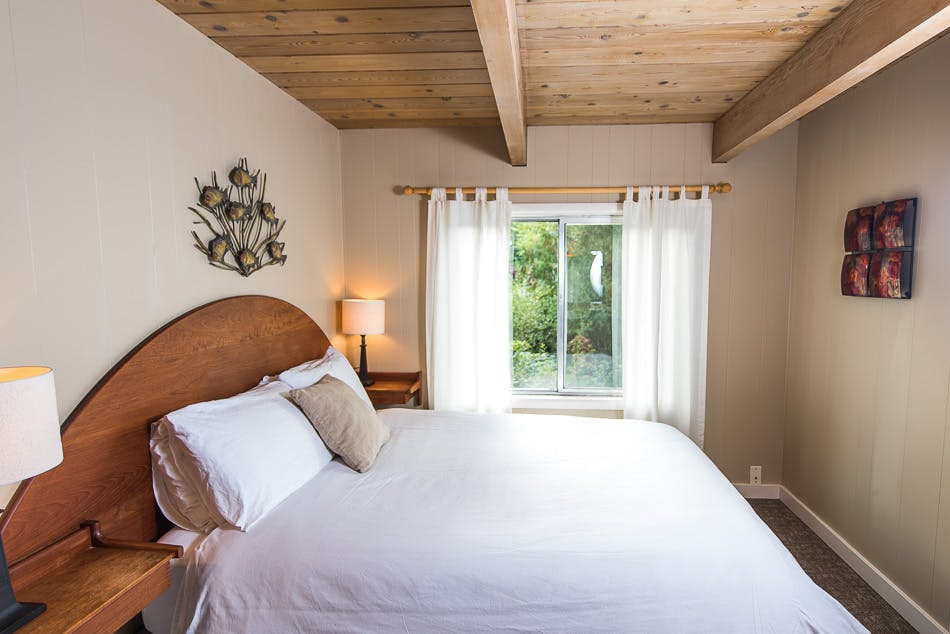 Aframe cabin - The shoreline tofino boutique hotel