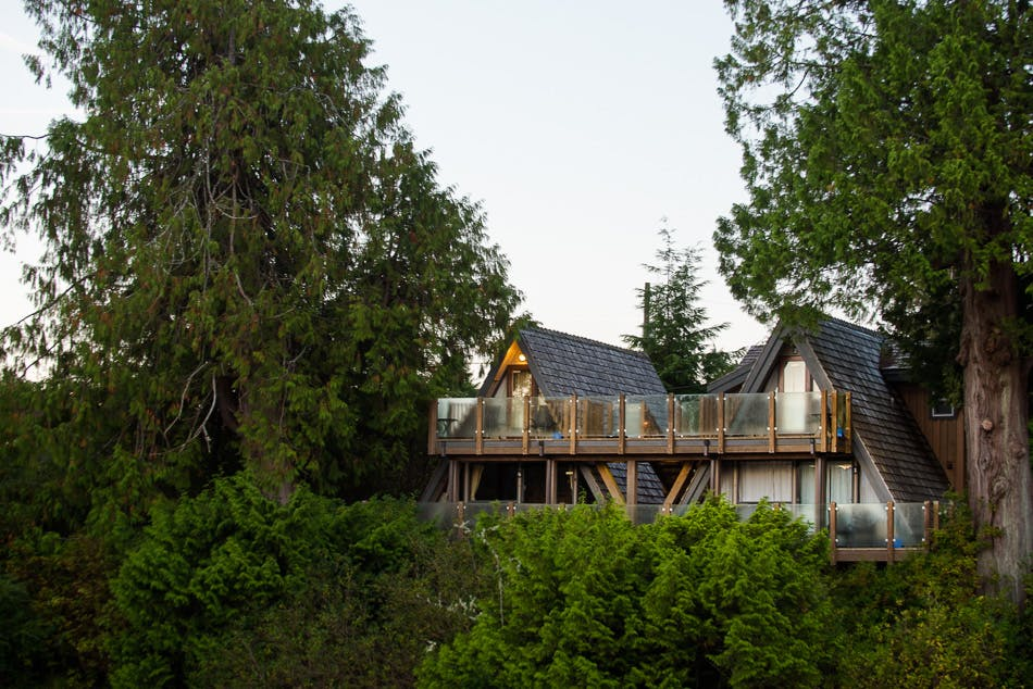 aframe oceanfront - the shoreline tofino boutique hotel
