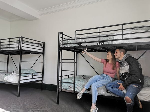 6 Bed Mixed Dorm
