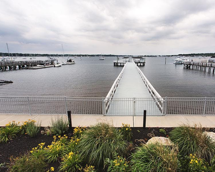 Beautiful long pier extending out to Manhasset bay