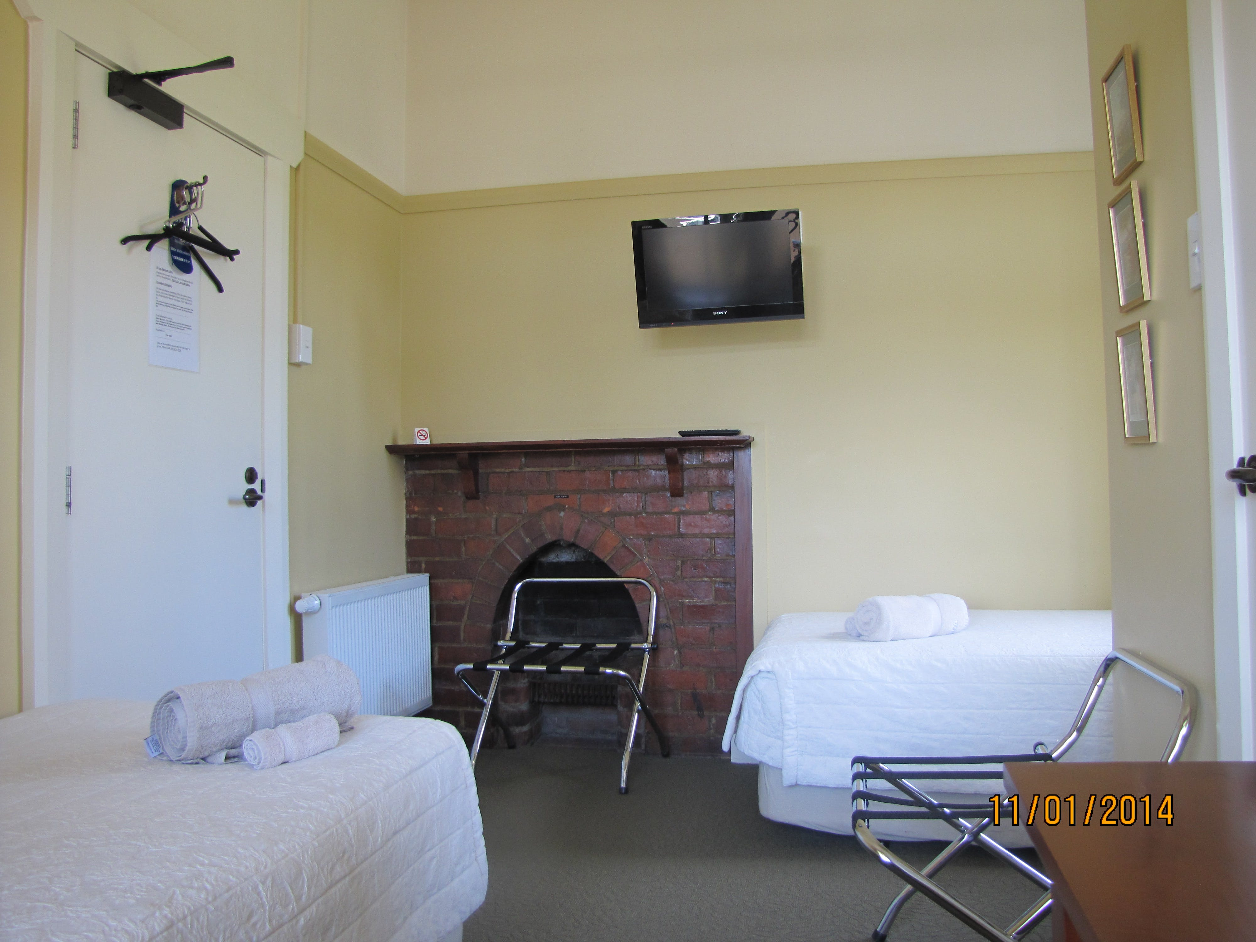 Small Twin room The Brothers Boutique Hotel Heritage building Brothers Hotel Dunedin