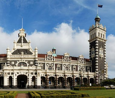Dunedin Railway station Taieri Gorge Heritage building Brothers Hotel