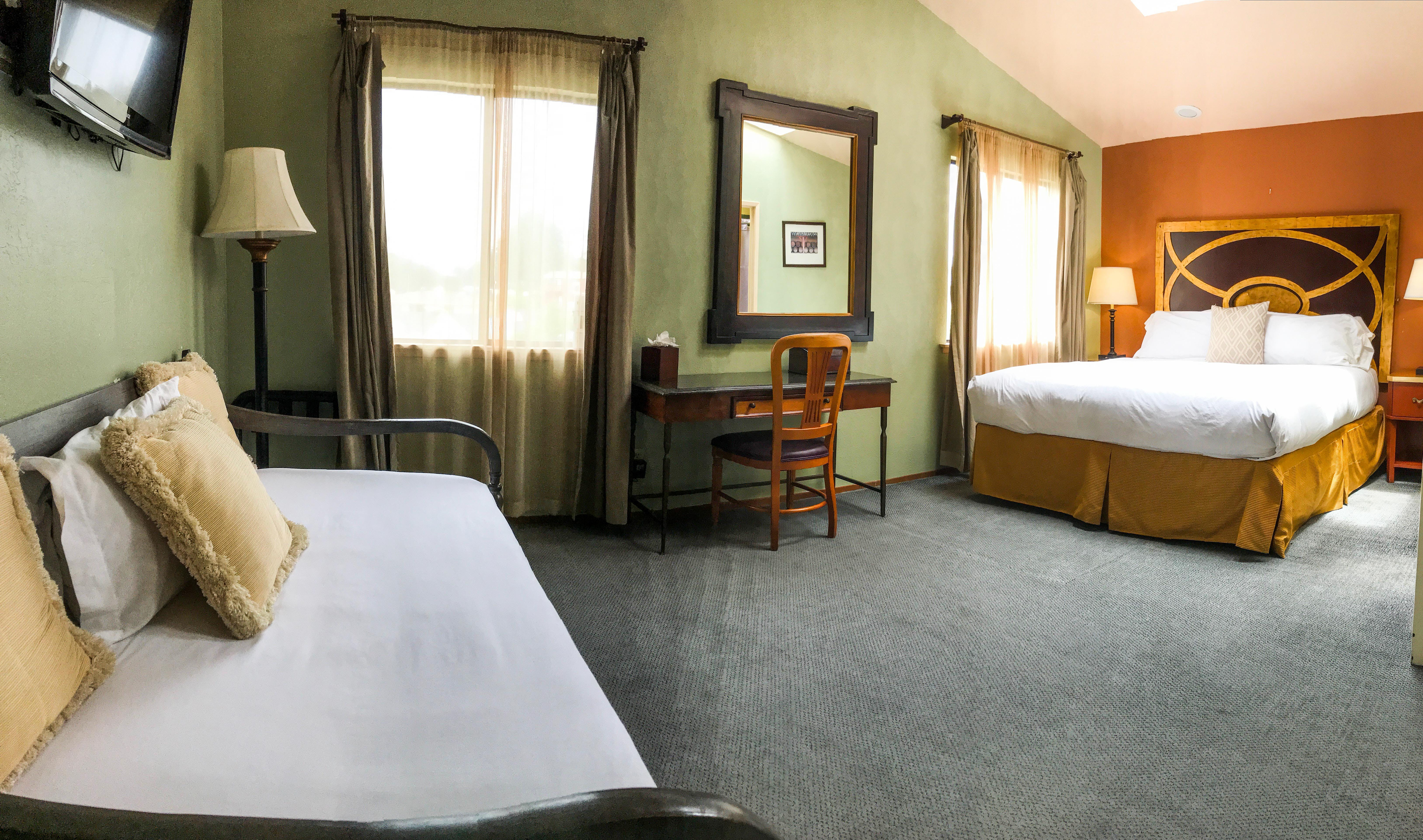Deluxe King | Bodega Bay Inn