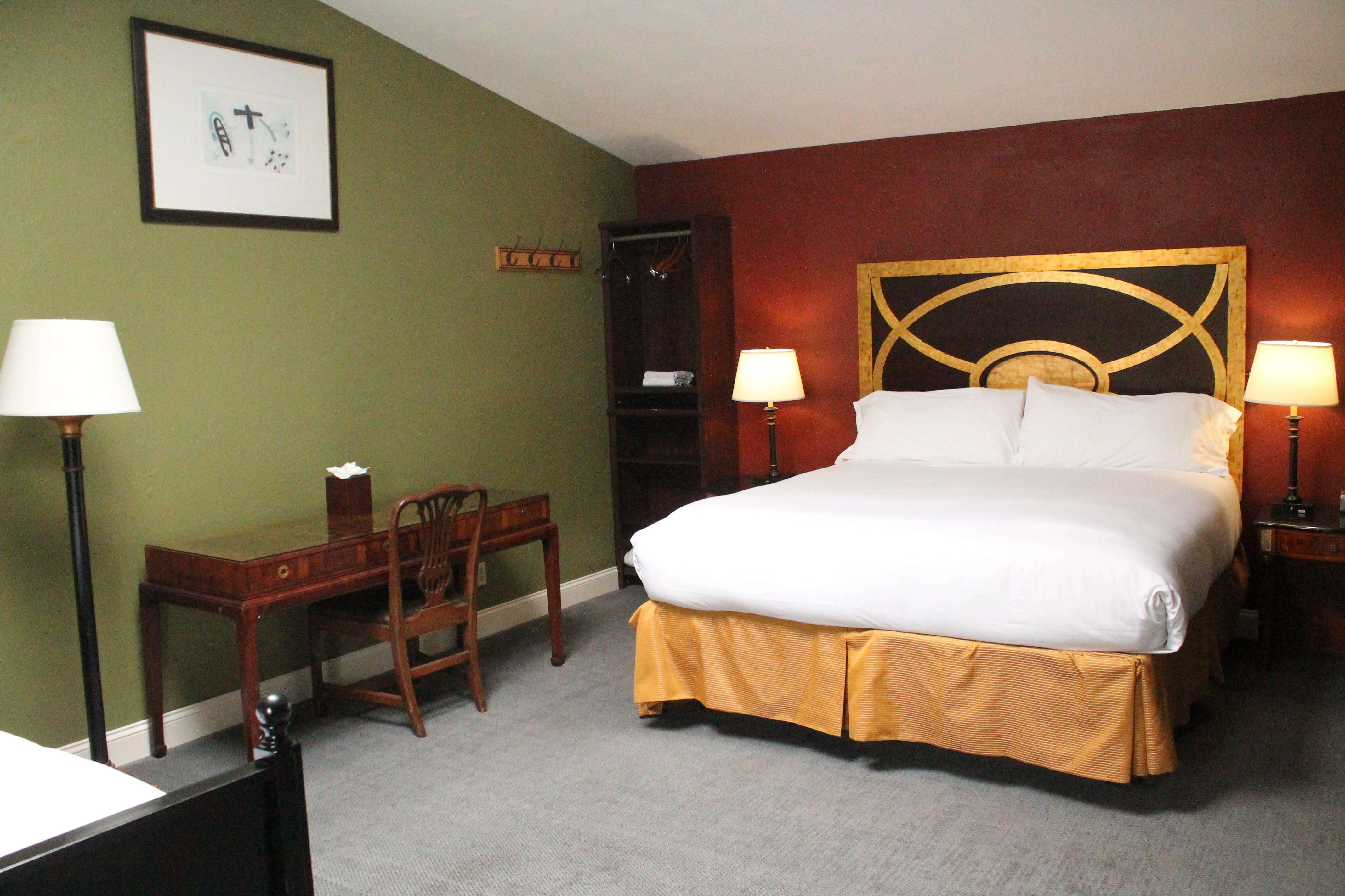 Deluxe King | Bodega Bay Inn