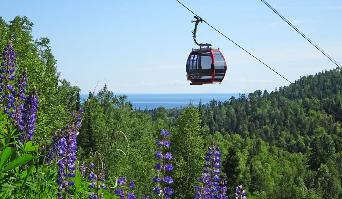 Summit Express Gondola | Lutsen Mountains
