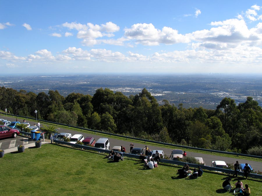 Quality Inn & Suites Knox, a perfect base at the foothills of the Dandenong Ranges - SKY HIGH
